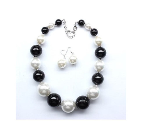 Pearl Beaded Necklace with Earrings