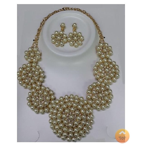 Pearl Necklace w/ Gold Background