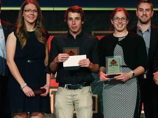 Les efforts de Vanessa Filion sont récompensés: Bénévole de l'année au gala Rouge et Or!