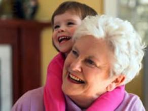 Será que os avós estragam mesmo as crianças?