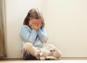 Porque é que é tão importante deixarmos que as crianças se sintam tristes?