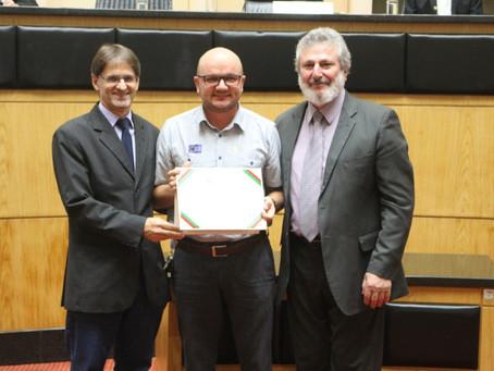 Articulador do SPM de Santa Catarina, Pe. Marcos Bubniak, é homenageado na ALESC