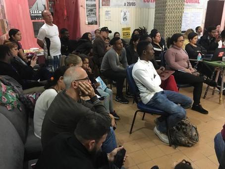 Evento sobre ensino superior público reúne vários imigrantes no centro de Florianópolis