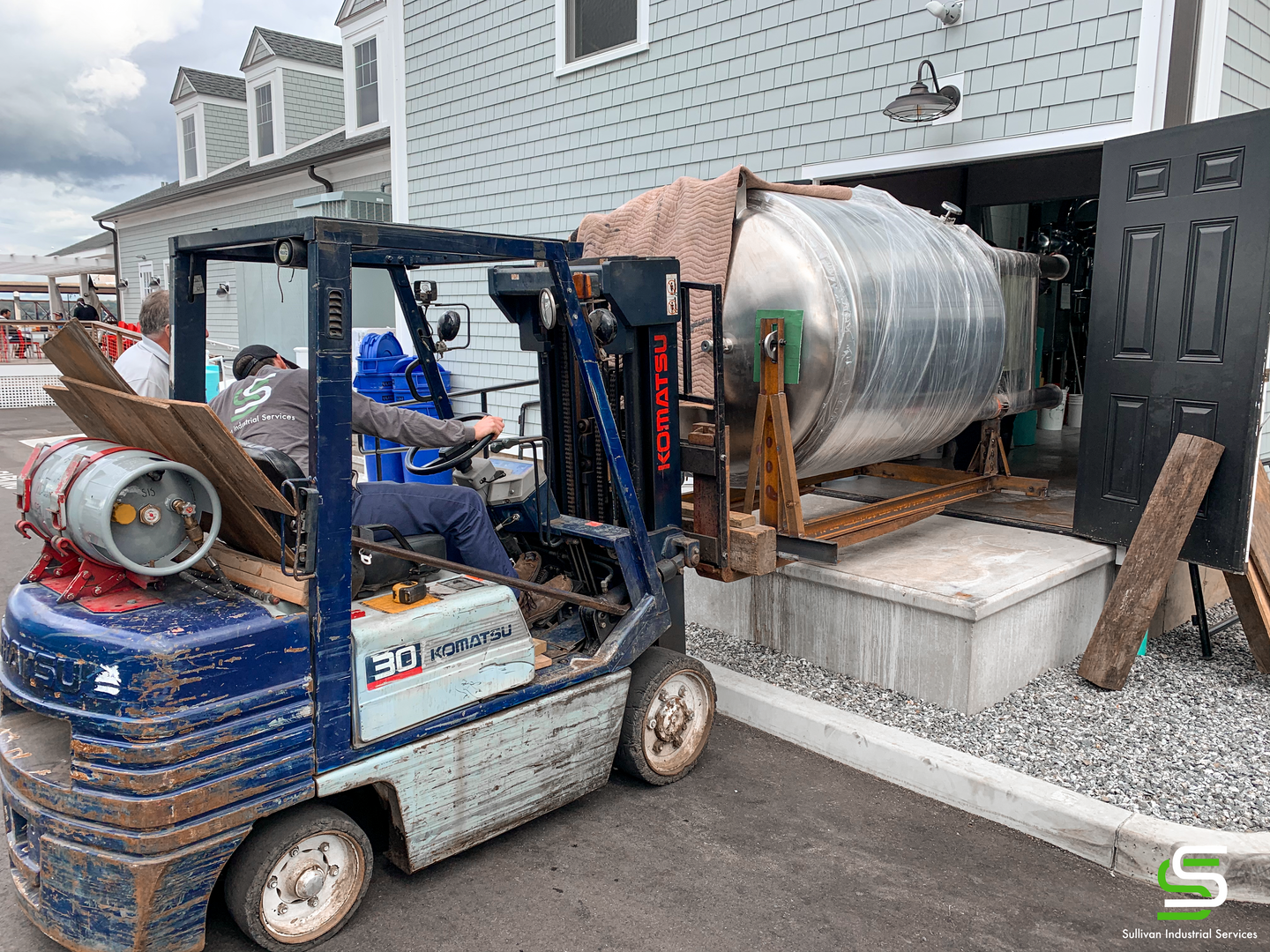 Moving Brewery Tanks