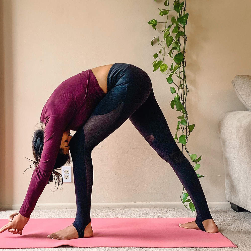 Super Batter owner Amby teaches Forehead to Knee pose as one of the best three yoga moves to improve thyroid functionality.