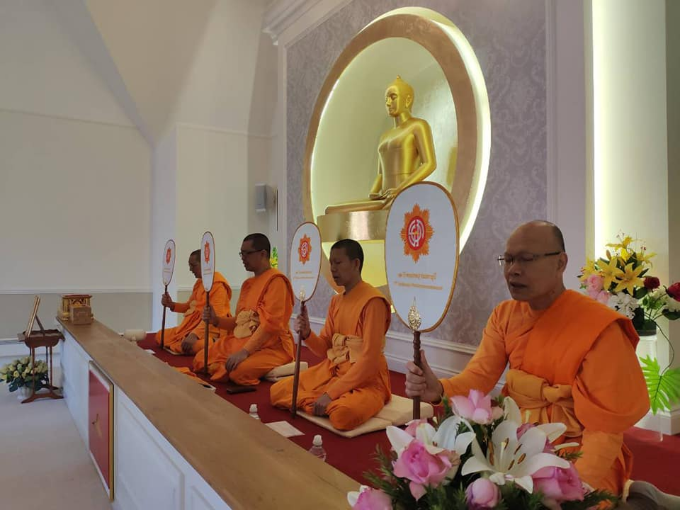 Monks are blessing5