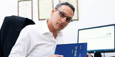 עורך דין פשיטת רגל והסדרי חובות