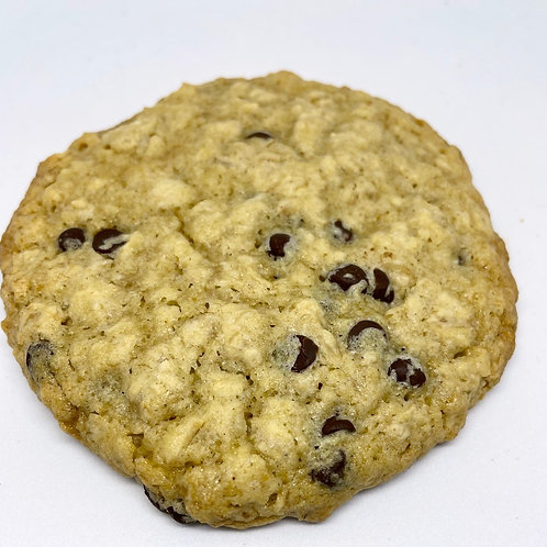 1/2 Dozen Vegan & Gluten Free Oatmeal Chocolate Chip Cookies