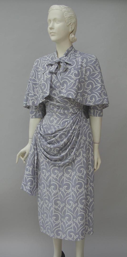 Pale grey resist print silk dress (1943)