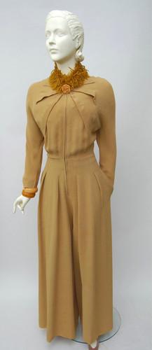 Gold wool jumpsuit (1940 - 1943)