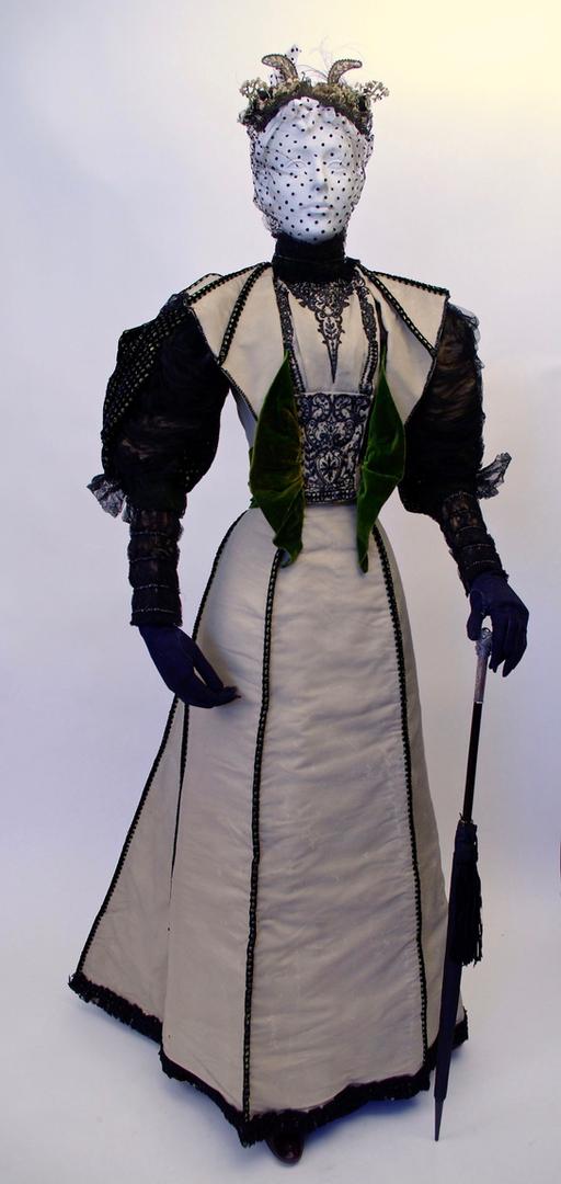 "Beaded Wool and Velvet Dress, by ""Worth"", Paris, c. 1894"