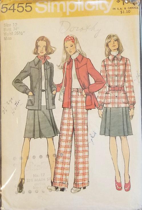1972 Simplicity separates pattern