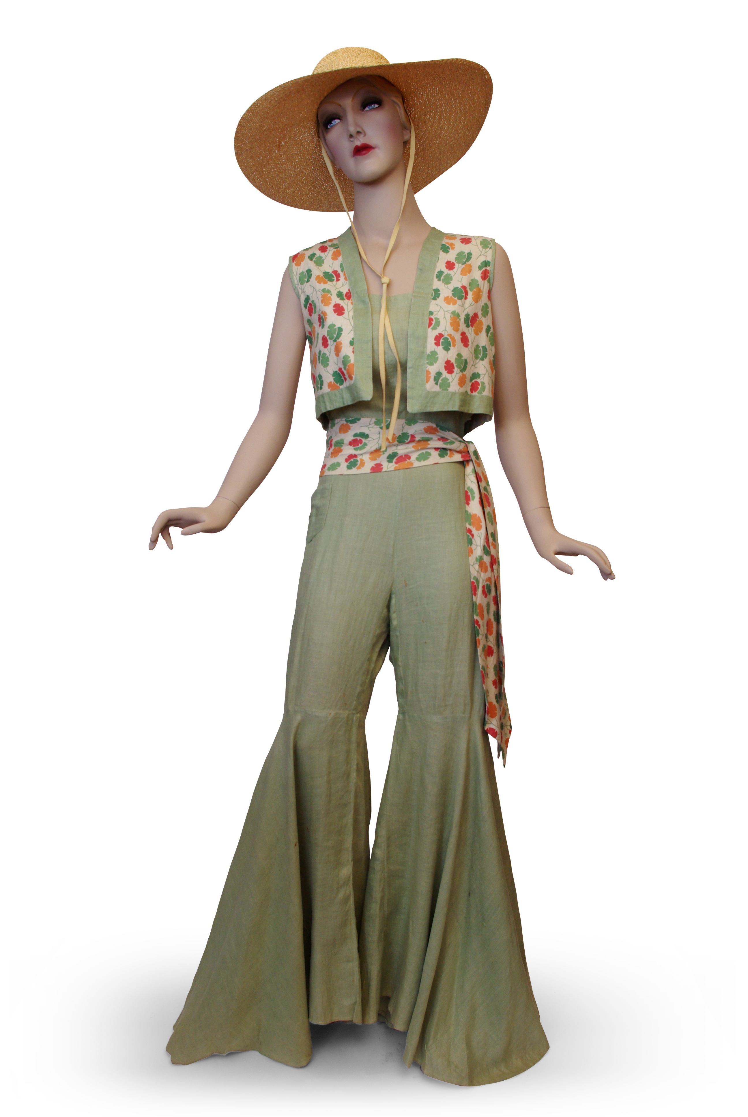 Linen beach pyjamas, c. 1932.jpg