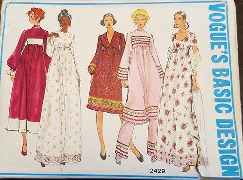 1970 circa Vogue Basic Design #2429