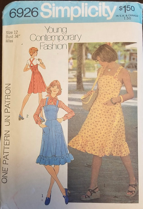 1975 Simplicity pattern #6926 dress or jumper