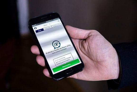 """Bilzen is eerste stad in Vlaanderen met gratis app: """"Buurtpreventie24!"""""""
