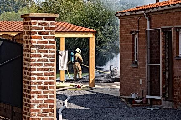Tuinhuis vat vuur in Hoeselt