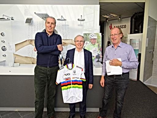 Gelo 1000 veilt wereldtrui van Amalie Dideriksen voor 1.000 km voor Kom op tegen Kanker