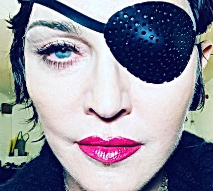 VIDEO: Madonna gaat los tijdens optreden met nieuwe hit Medellín