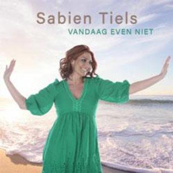 'Vandaag Even Niet' is de nieuwe single van Sabien Tiels