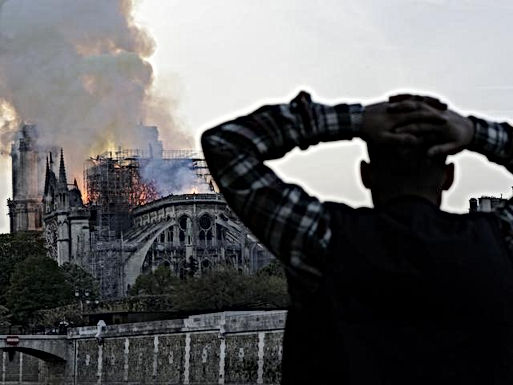 Notre-Dame in Parijs staat in brand