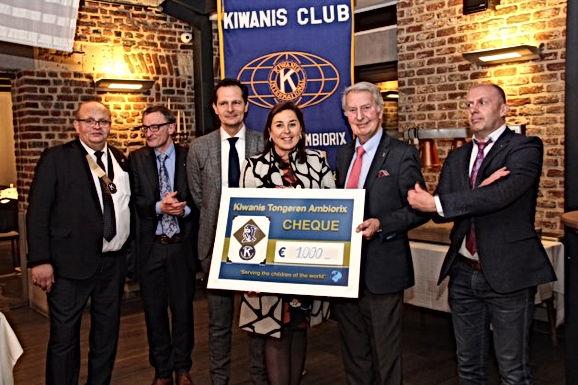 Kiwanis Tongeren Ambiorix schenkt 1000€ aan Huis Erika Thijs
