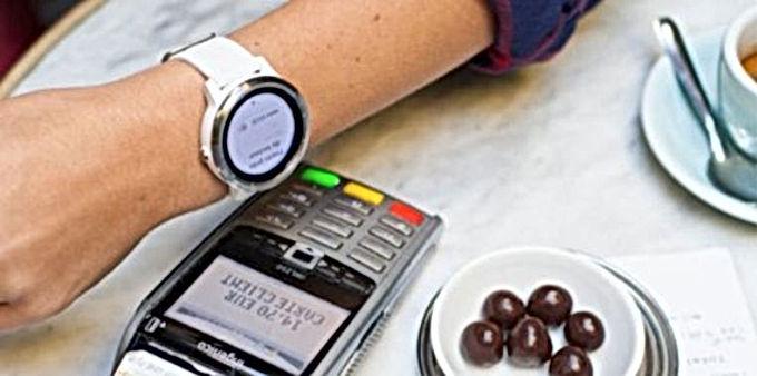 KBC-klanten kunnen weldra betalen met hun smartwatch