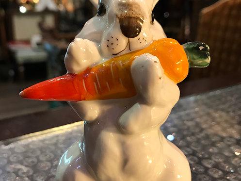 Заяц с морковкой, ЛФЗ