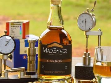 Gin com guaraná e castanha do pará e whisky MacGyver: