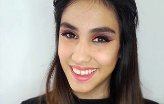 Quinceañera maquillada por Lovely Rouge