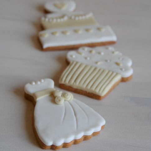 Ivory wedding cookies