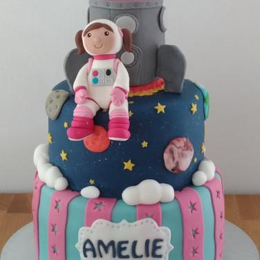 Austronaut cake