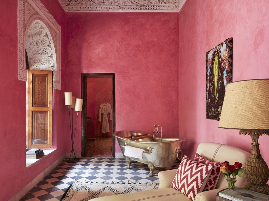 Pink walls El Fenn.jpg