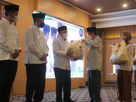 Mapag Ramadhan Paguyuban Pasundan Bagikan 1000 Sembako