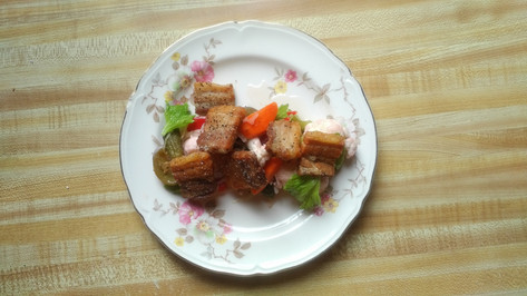Porkbelly and pickled veg.  Goes great with ice-cold draft beer.