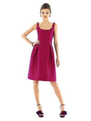 Soft Red Semi Formal Sz 10 Classic Lines Pockets Wedding Dress