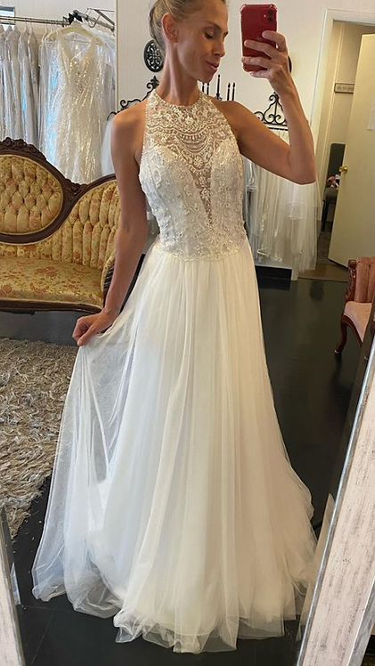 Introducing The OOO Ahhhh  dress by Sophia tolli in a size 10