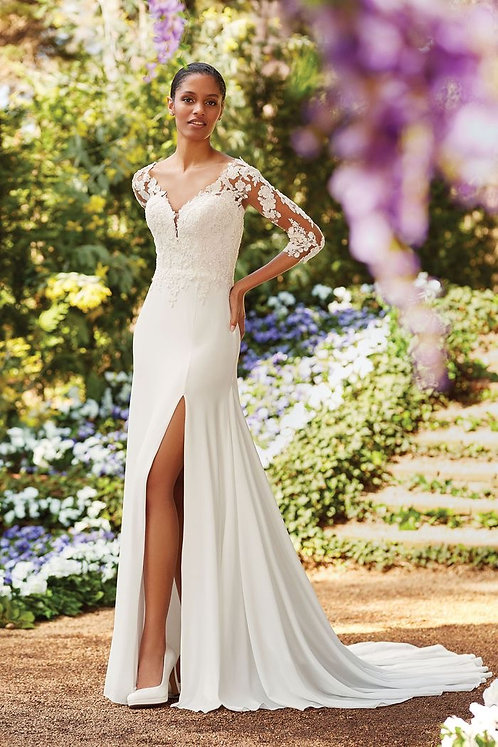 Stylish simplicity Size 12 in Ivory by JustinAlexander
