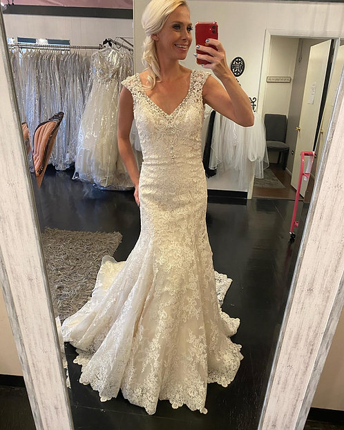 Good Times abound with this size 10ivory lace