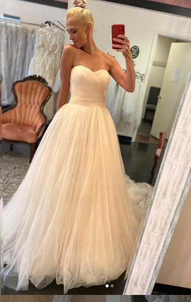 Perfection in Peach this size 10 by La Sposa