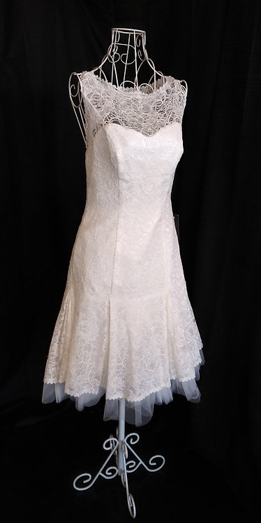 elope now with this SZ 8 ALL LACE