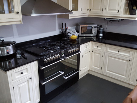 A fresh new hand built kitchen in Horsell