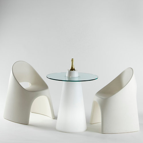Table basse en polyéthyléne avec plateau en verre