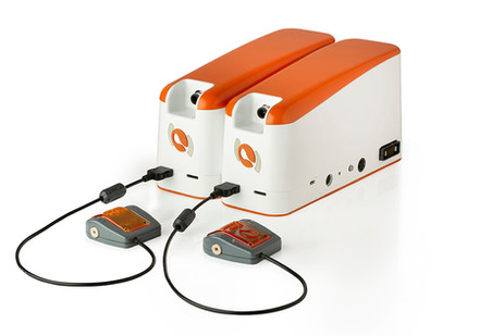2 UniGo pumps plugged together with Flow sensors