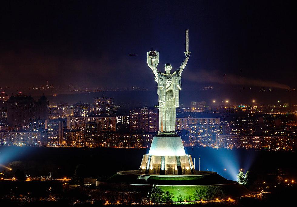 kyiv-city-at-night-ukraine-6.jpg