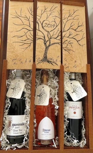 Hand-carved wedding gift box for wine