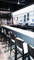 Sapore wave wall - custom bar