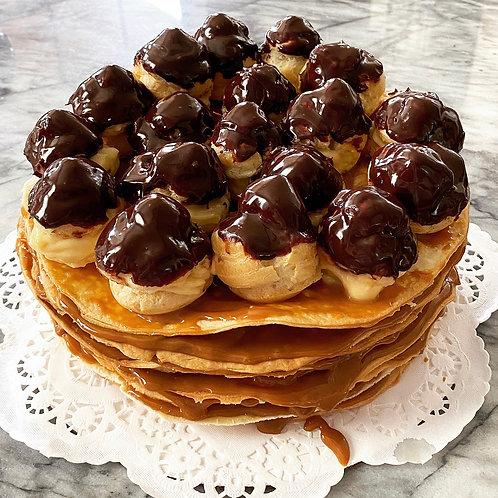 Rogel Cake with Cream Puffs (Volador)