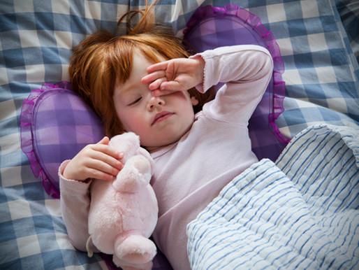 Wieviel Schlaf braucht dein Baby eigentlich?
