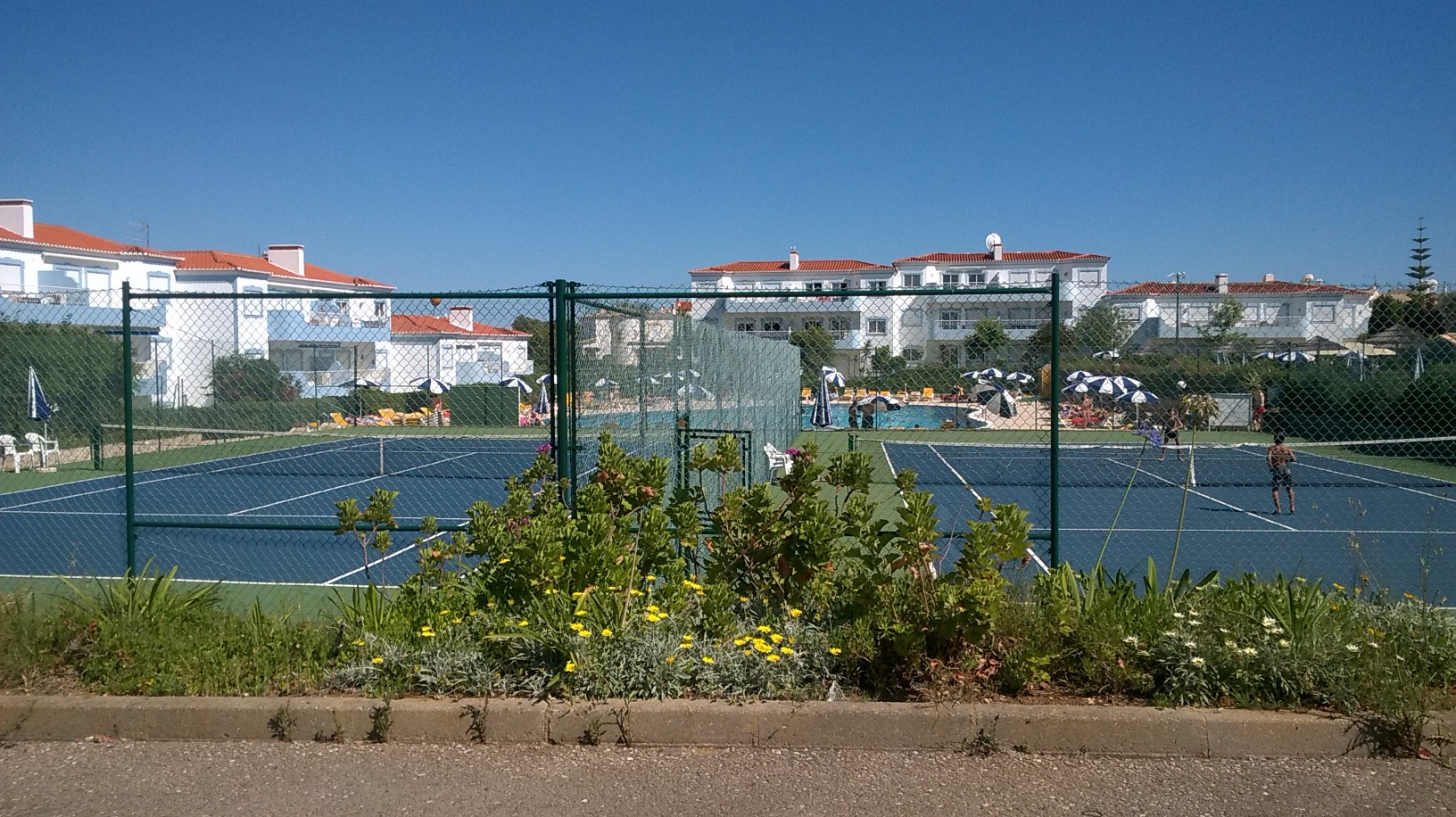 Oasis Tennis courts